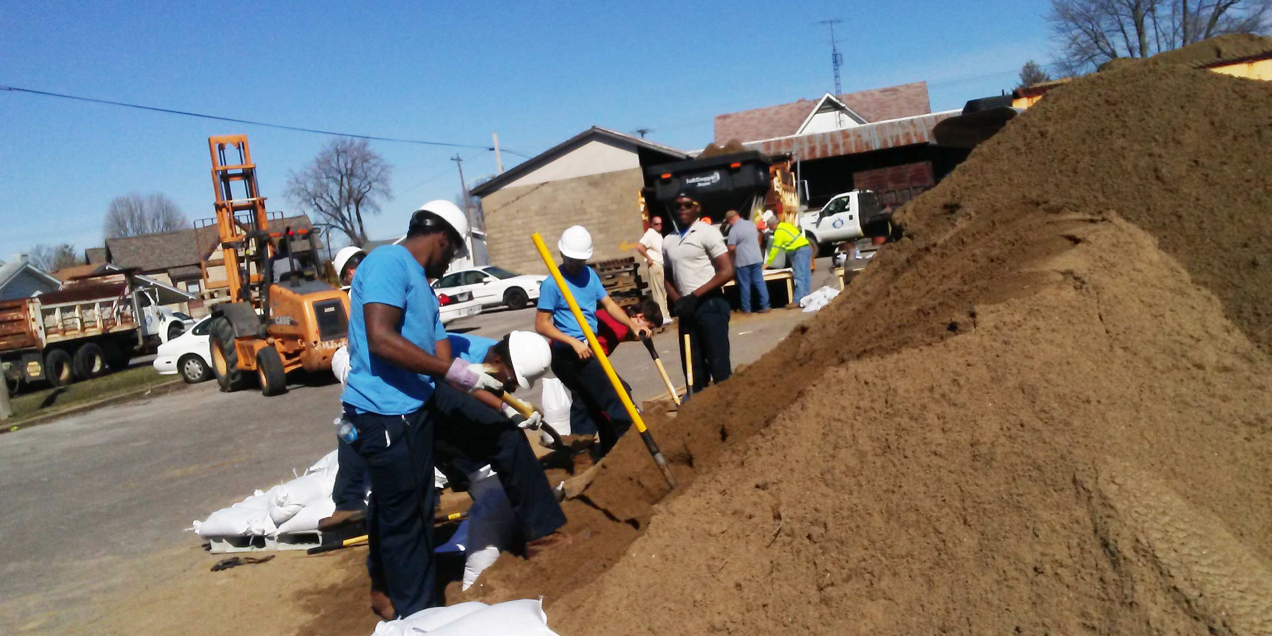 Earle C Clements Job Corps Responds After Rising Flood Waters Mtc